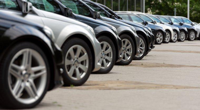 Achiziția de autoturisme din UE
